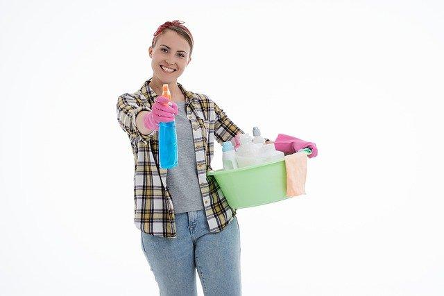 עישון בבית: כך תשמרו על הניקיון